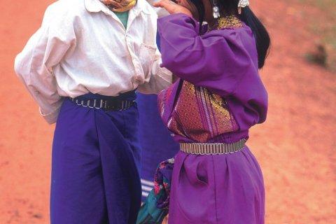 Jeunes filles Hmong. (© Eric Martin - Iconotec)