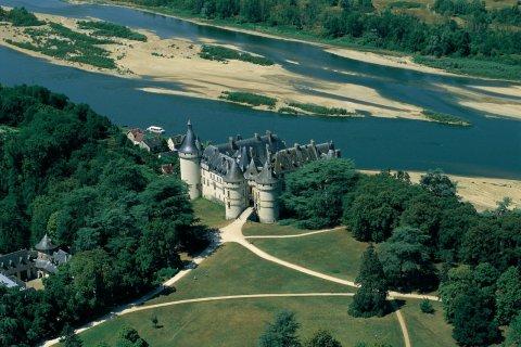 Le château de Chaumont-sur-Loire (© MARC JAUNEAUD - ICONOTEC)