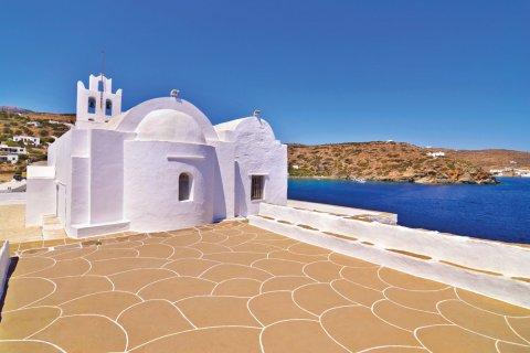 Panaghia Chrysopigi sur l'île de Sifnos. (© saiko3p)
