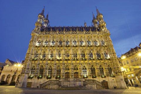 Hôtel de ville gothique de Louvain. (© Bbsferrari - iStockphoto)