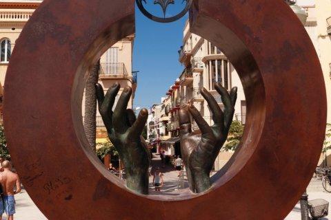 Sculpture en hommage à Don Facundo Bacardí Massó, originaire de Sitges. (© Irène ALASTRUEY - Author's Image)