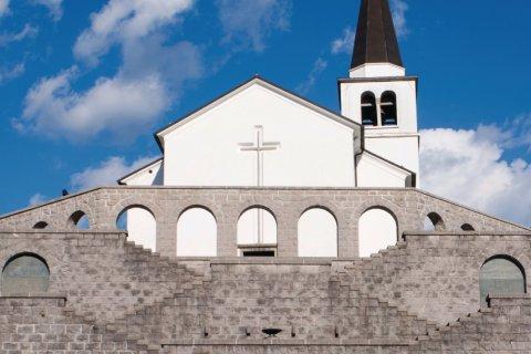 Ossuaire italien et église Saint-Antoine. (© iStockphoto.com/RP_images)