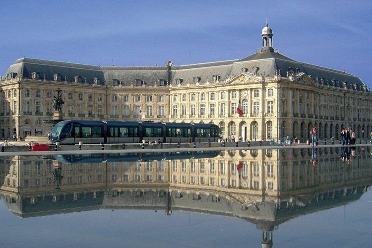 Visit Cote Aquitaine Travel Guide Of Cote Aquitaine Petit Fute