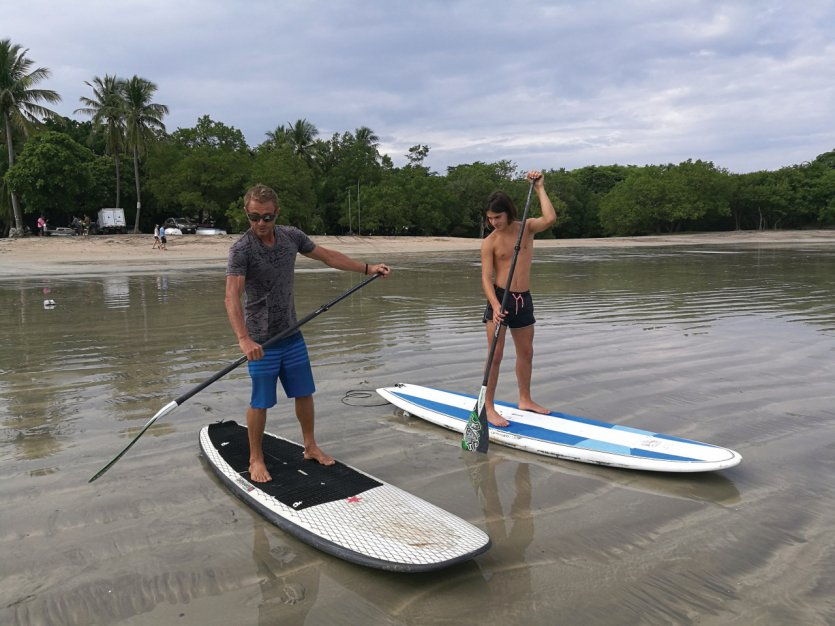 Initiation au paddleboard.