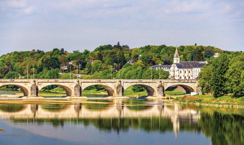 Le guide pratique petit fut tourisme fluvial bourgogne - Office de tourisme de tours indre et loire ...