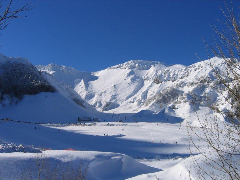 Le Guide Pratique Petit Fut U00e9 Stations De Ski   Massif Central