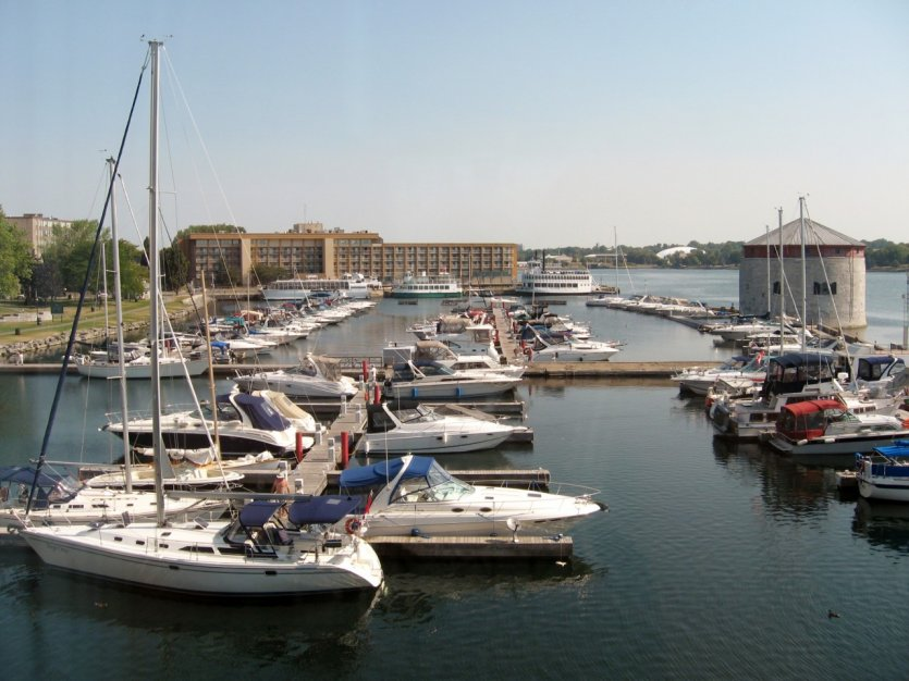 Marina de Kingston.