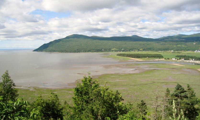 <p>La rive du Saint-Laurent à Baie-Saint-Paul dans Charlevoix.</p>