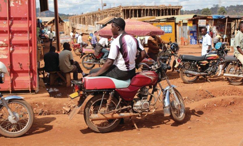 Boda-boda à Kampala.