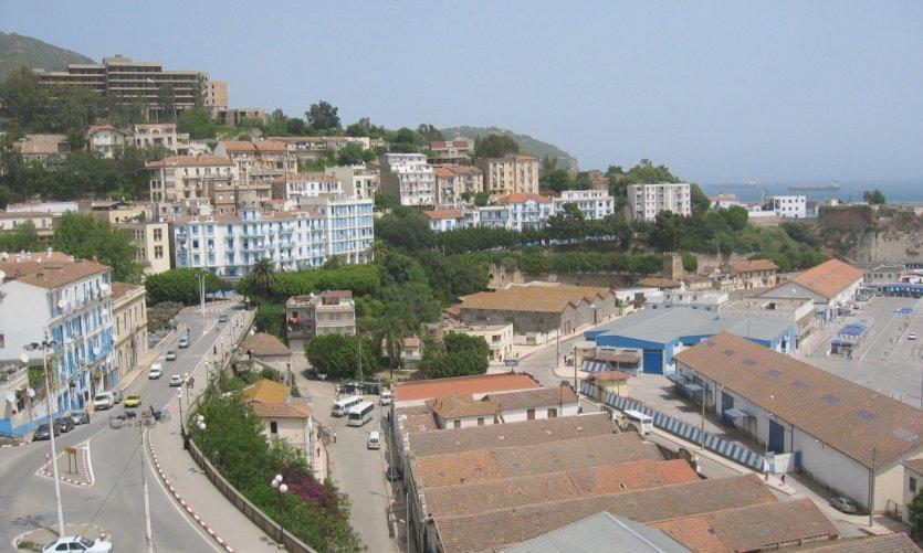 Vistas desde la plaza Gueydon.