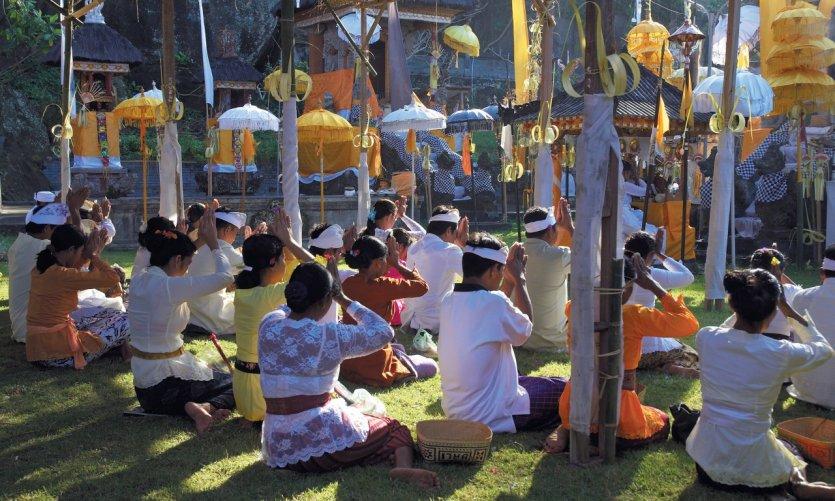 Fête annuelle du temple Pura Rambut Siwi.