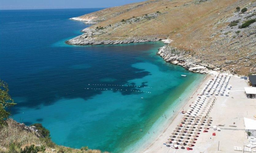 Côte Ionienne près de Himarë.