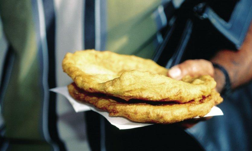 Petits pains au sucre traditionnels.