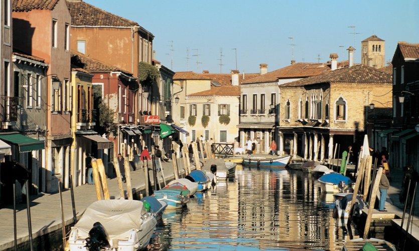 L'île de Murano et son canal principal.