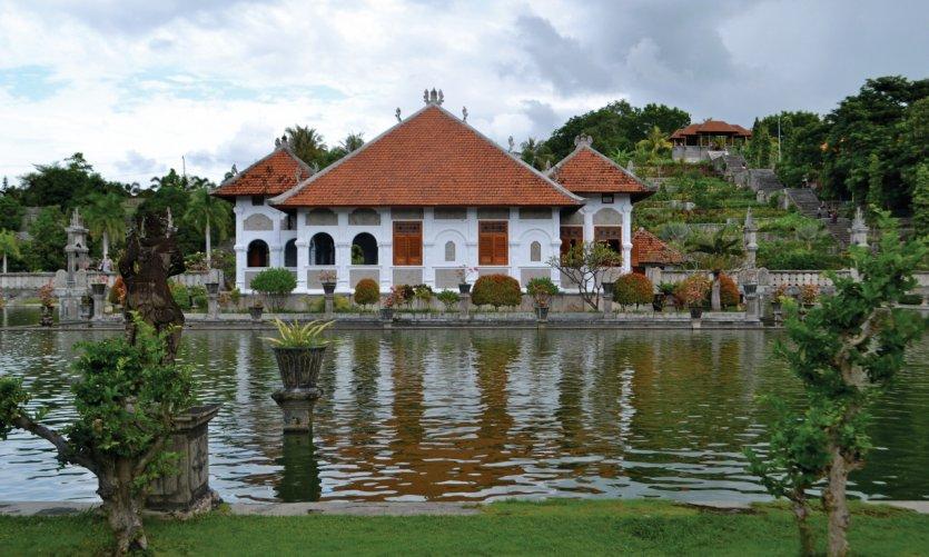 <p>Le Puri Taman Ujung situé sur la côte sud-est d'Amlapura.</p>