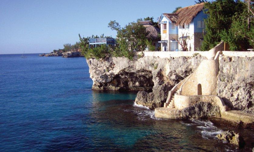 <p>The coast of Negril.</p>