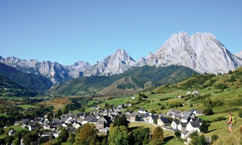 Pyr n es atlantiques guide touristique petit fut - Office du tourisme pyrenees atlantiques ...