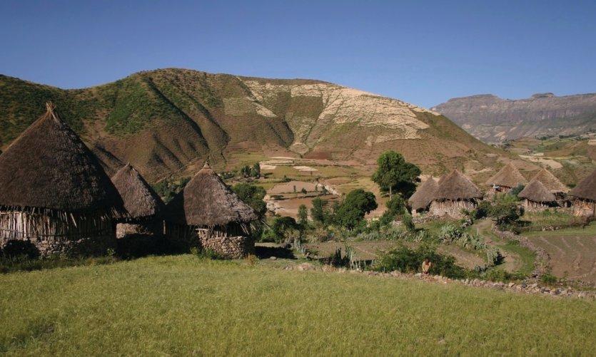 Village éthiopien sur la route de Lalibela.