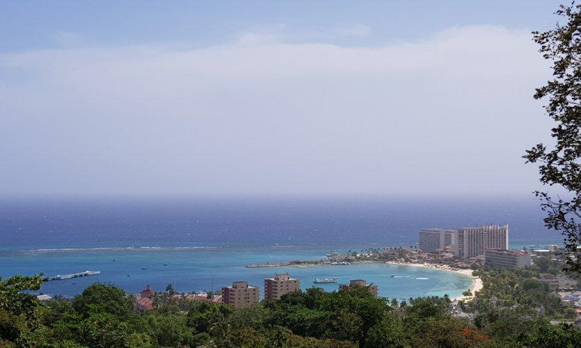 Vue sur la baie d'Ocho Rios.