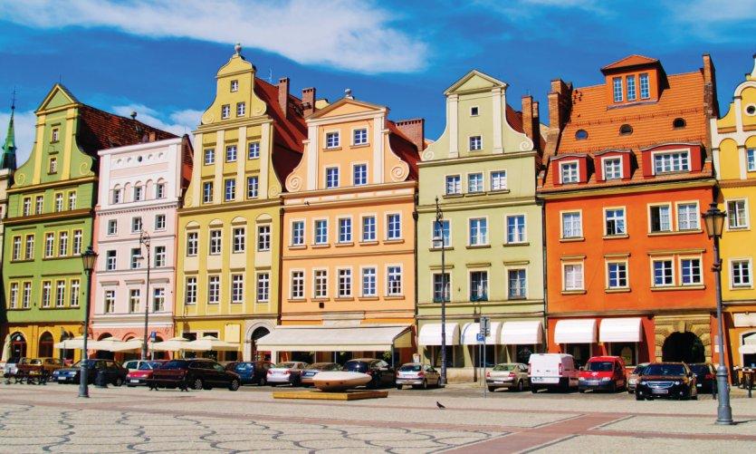 Place du marché de la vieille ville de Varsovie.
