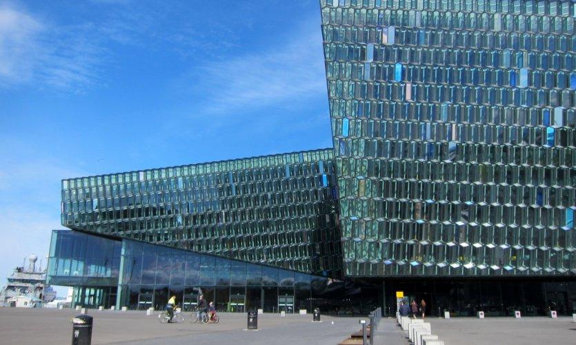 Harpa est une salle de concert et un centre des congrès inauguré en 2011.