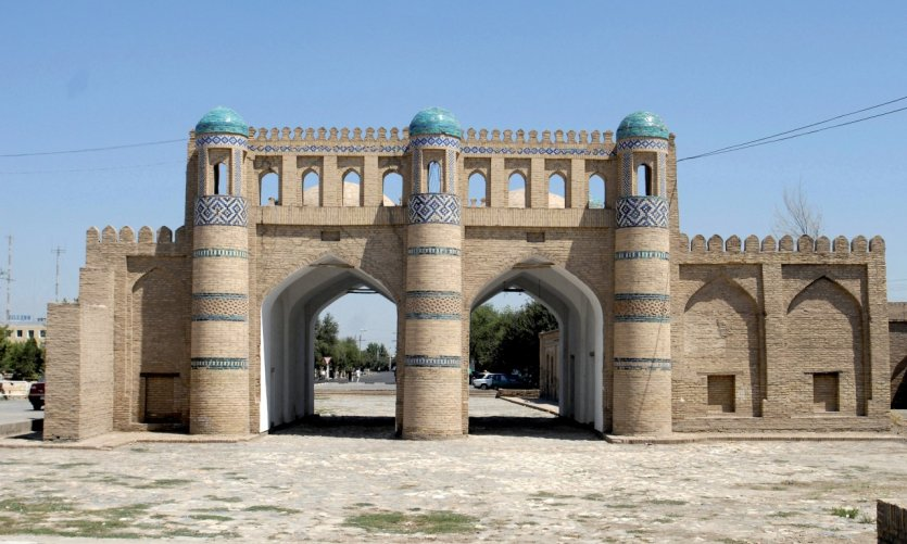 Kosh Darvoza, les portes du nord.
