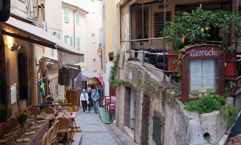 La rue Saint-Antoine, Cannes