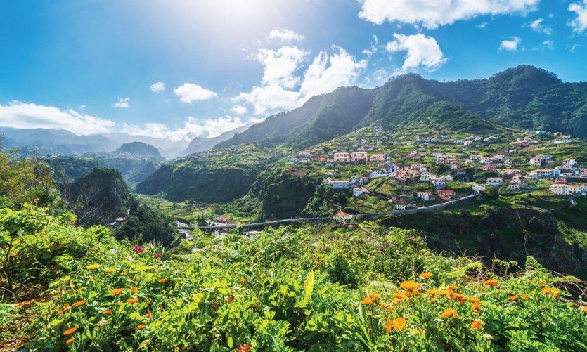 Pueblo de Faial, Azores.