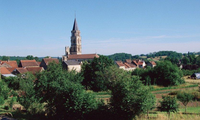 Le clocher de Saint-Père