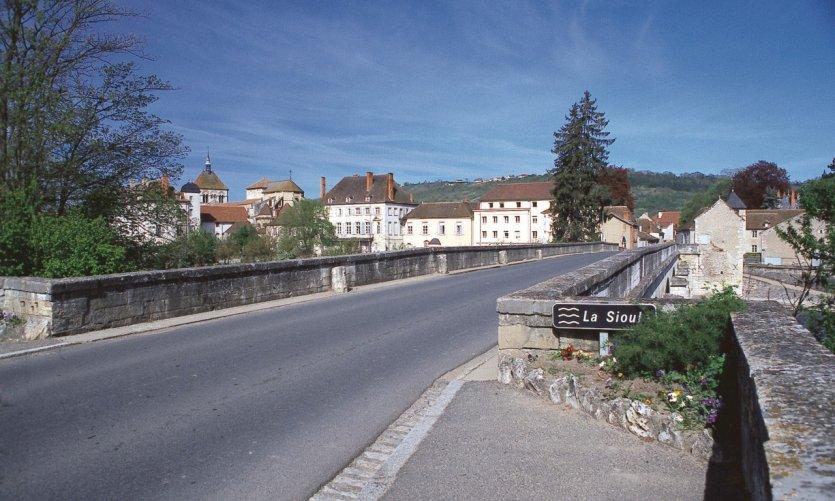 Pont sur la Sioule - Hérisson