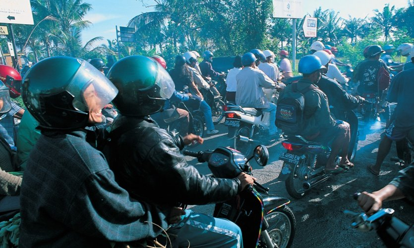 Denpasar is re-invaded not by Holland but by many local bikers.