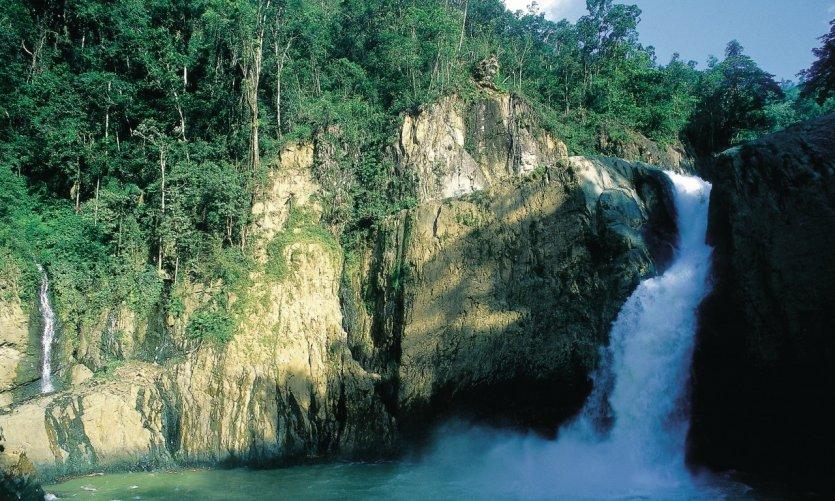 Cascadas de El Salto de Bayagate.