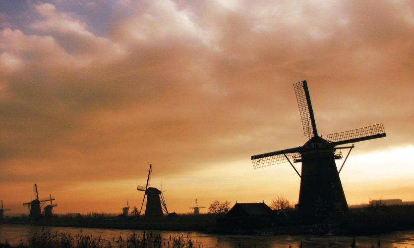 Les moulins au soleil couchant de Kinderdijk offrent une vision des plus bucoliques.