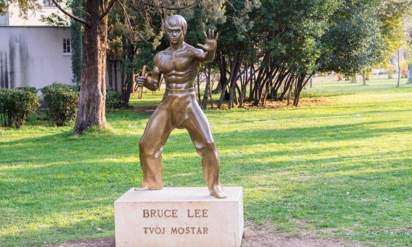 <p>Estatua de Bruce Lee, en el Parque Zrinjevac.</p>