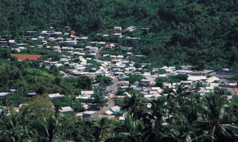 Le petit village de M'tsangadoua.