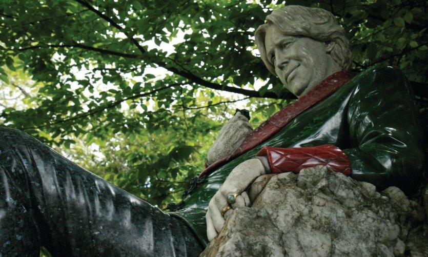 Hommage à Oscar Wilde dans le parc Merrion square