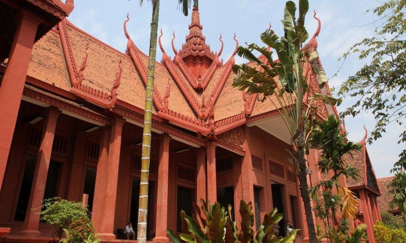 Dépasser Angkor Wat