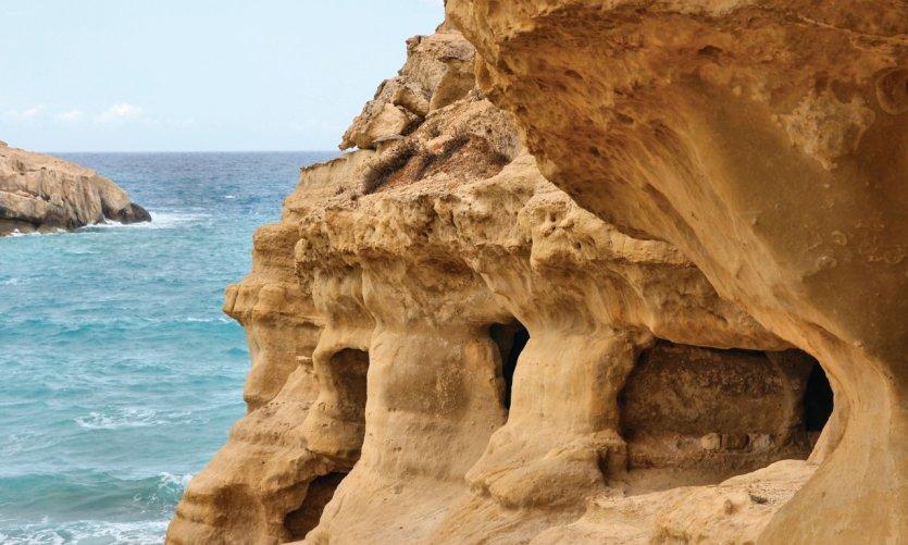 Côte rocheuse de Matala.