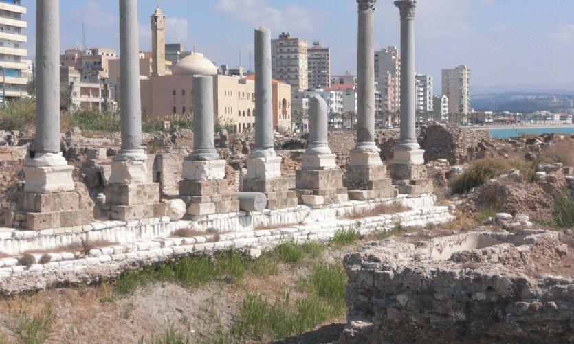 Voie romaine et termes, Tyr