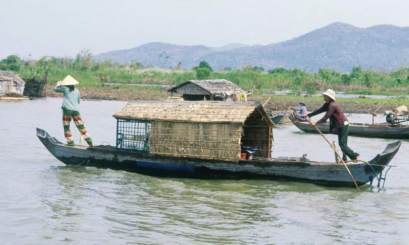 Kompong Chhnang, a floating village.