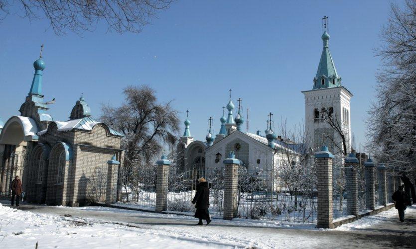 Eglise orthodoxe en hiver.