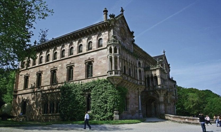 <p>Palais de Sobrellano.</p>
