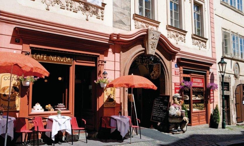 Café Neruda.