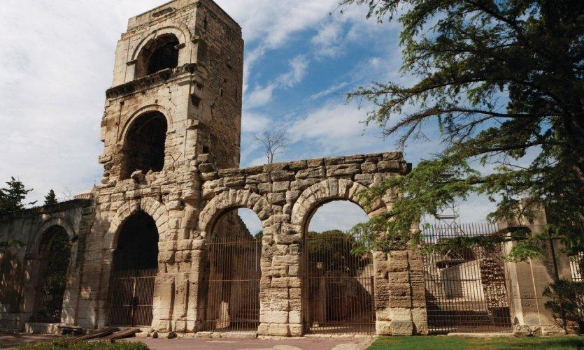 Le théâtre antique d'Arles
