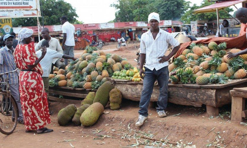 Marché de Kampala.