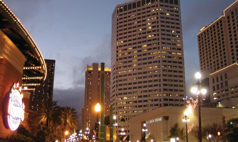 Canal Street de nuit.