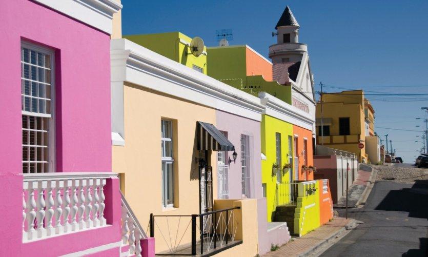 Les façades colorées de Bo-Kaap, quartier du Cap.