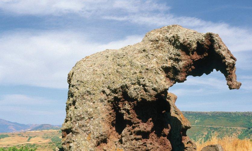 Roccia dell'Elefante (le rocher de l'Éléphant).
