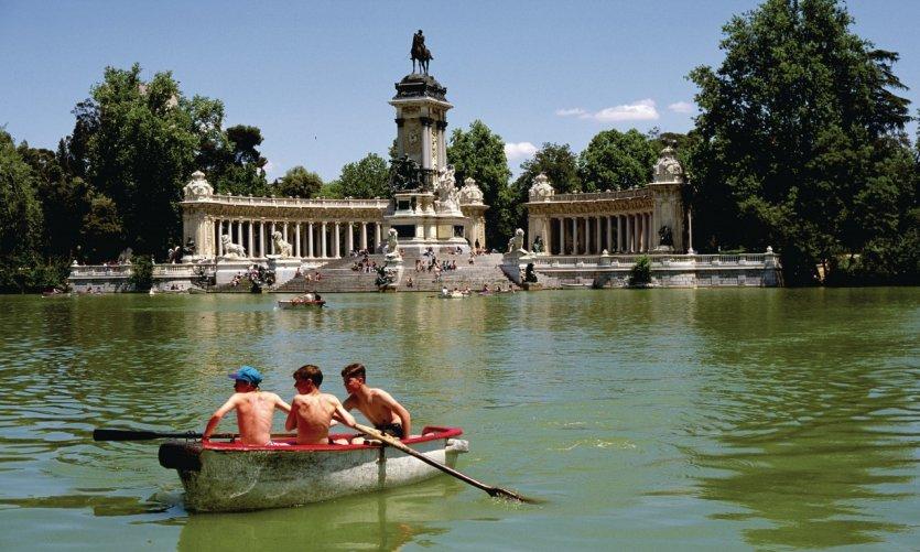 Parc du Retiro, monument d'Alphonse XII.