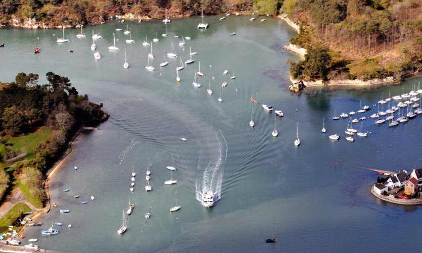 Navigation dans le golfe du Morbihan.